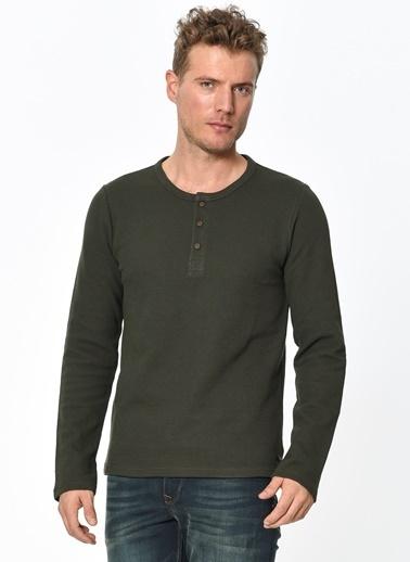 Yakası Düğmeli Sweatshirt-Lee Cooper